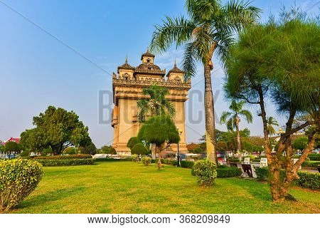 Victory Gate Known As Patuxai Monument City Of Vientiane Laos