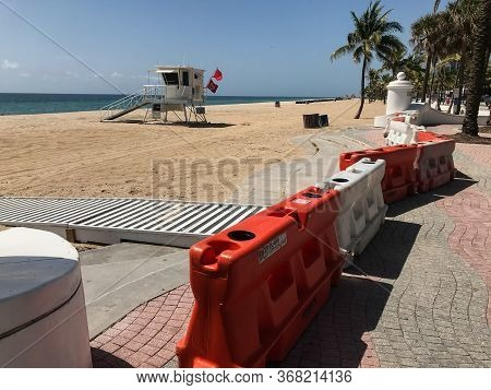 Fort Lauderdale, Fl / Usa - May 21: Barricades Block Access To A Public Beach In Fort Lauderdale, As