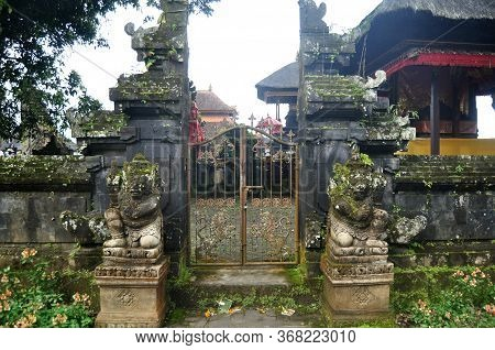 Art Sculpture And Carved Antique Deity Angel God Of Hindu Statue Balinese Style In Pura Ulun Danu Br
