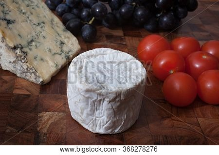 Blue Cheese, Goats Cheese, Tomatoes And Sable Grapes