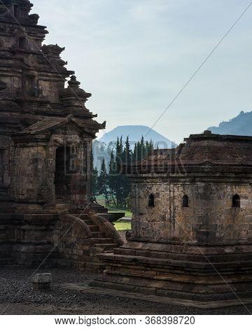 Candi Arjuna Hindu Temple, In Arjuna Complex, Dieng Plateau, Central Java, Indonesia