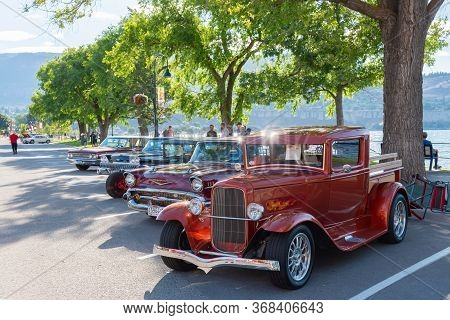 Penticton, British Columbia/canada - June 22, 2019: 1932 Ford Pickup Street Rod Parked On Lakeshore