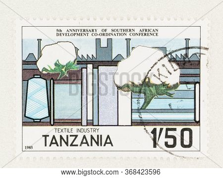 Seattle Washington - May 25, 2020:  1985 Textile Industry Stamp Featuring Cotton Bolls And Spool Of