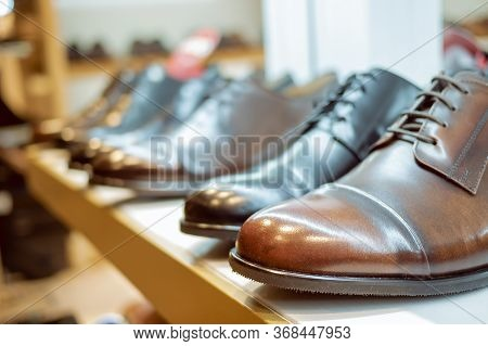 Leather Men's Shoes Business Class In The Store. Brown Leather Boots For Men. Handmade Leather Shoes