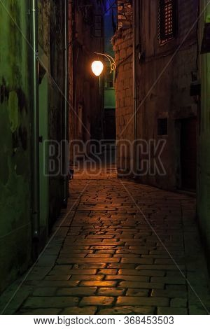 Sibenik, Croatia - September 12, 2016: This Is One Of The Old Cobbled Alleys Of The Seaside Croatian