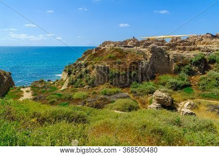View Of The Crusader Fortress, In Apollonia National Park (tel Arsuf), Herzliya, Israel