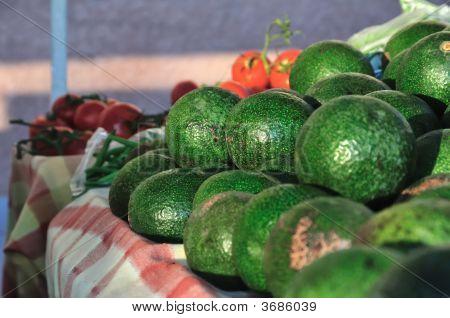Market Avocados