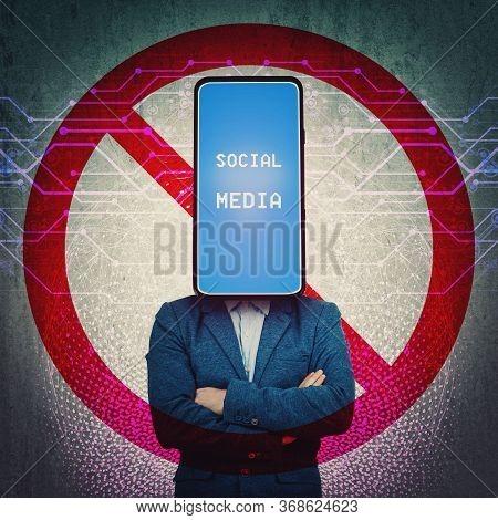 Social Media Censorship, Political War Between Us President Banning Social Networks. Incognito Smart