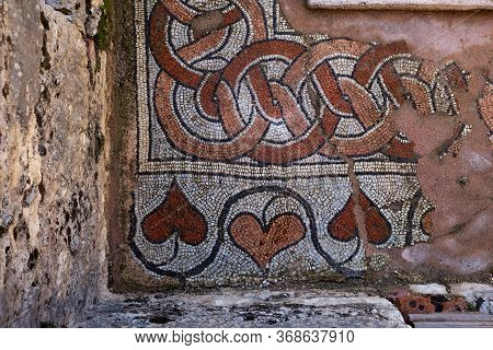 Butrint/ Albania October 12, 2019. Mosaic Of The Ancient Baptistery Dated From The 6th Century In Bu