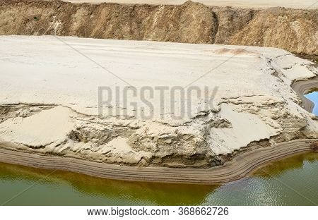 Sand And Gravel Washing Production Process In Open-pit Mining. Crushing The Pebbles Or Ores, Washing