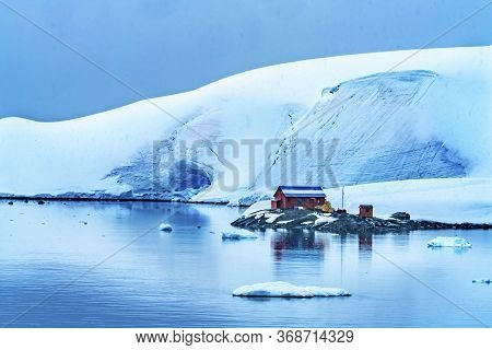 Snowing Argentine Almirante Brown Station Blue Glacier Mountain Paradise Harbor Bay Antarctic Penins