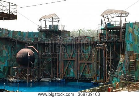 Sentosa, Sg - April 5 - Universal Studios Singapore Water World Theme Performance Stage On April 5,