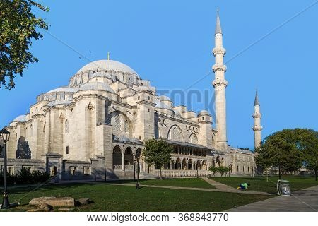 Istanbul, Turkey - September 14, 2017: This Is The Famous Suleymaniye Mosque, Built In The 16th Cent