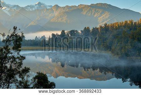 Lake Metheson, Newzealand