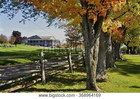 Bobcaygeon, Ontario / Canada - 10/11/2008: A Golf Country Club In Ontario, Canada With Autumn Leaf C