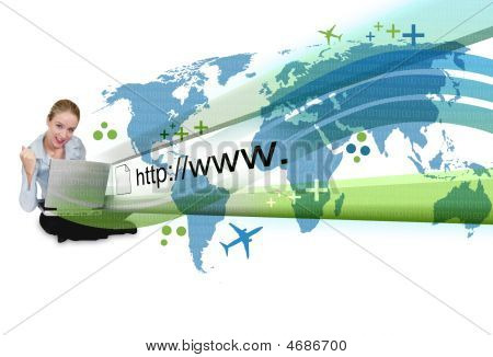 Femme sur portable avec Projection de l'Internet