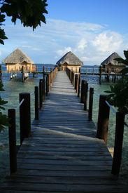 Manihi Pearl Beach Resort
