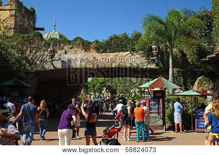 Islands Of Adventure Entrance