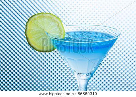 Molecular mixology - Cocktail with caviar fresh lemon