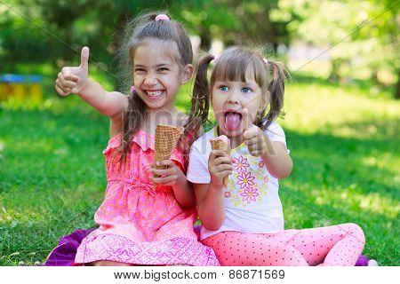 Girls Kids Sisters Friends Teasing Eating Ice Cream