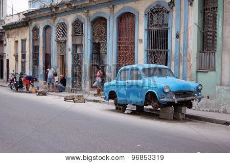 Havana Street Scene With Old Car