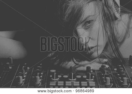 Sexual Disk Jockey Girl