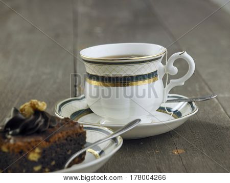 cup of tea and brownie