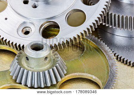 Metal Gear Cogwheels And Pulleys For Industry