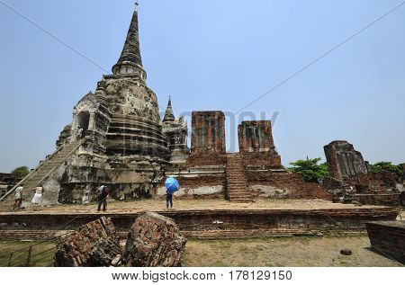 Ayutthaya Historical Park covers the ruins of the old city of Ayutthaya