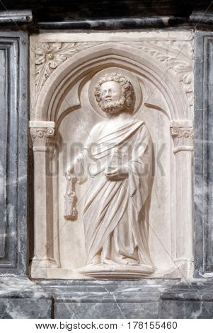DUBROVNIK, CROATIA - NOVEMBER 30: Saint Peter, altar in Franciscan church of the Friars Minor in Dubrovnik, Croatia on November 30, 2015.