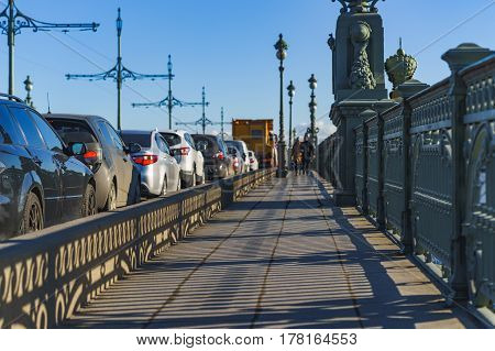 traffic on the Troitsky bridge in Saint-Petersburg.