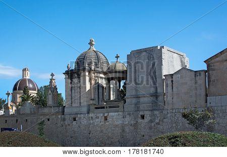 Tanatori Son Valenti Palma Cemetery