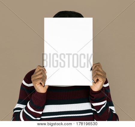 African descent woman is holding blank paper