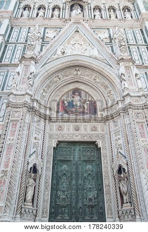 entrance Duomo Santa Maria Del Fiore in Piazzale Michelangelo in Florence, Tuscany, Italy europa