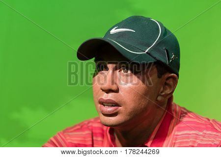 Bangkok -jan 29: A Waxwork Of Tiger Wood On Display At Madame Tussauds On January 29, 2016 In Bangko