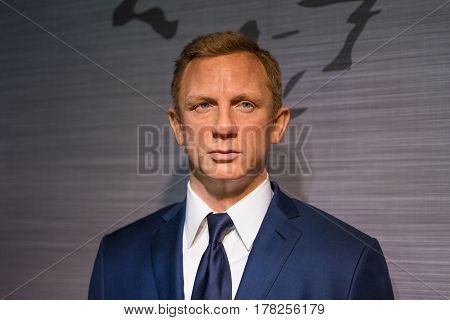 BANGKOK - JAN 29: A waxwork of Daniel Craig on display at Madame Tussauds on January 29 2016 in Bangkok Thailand. Madame Tussauds' newest branch hosts waxworks of numerous stars and celebrities