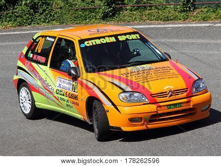 Torriglia Italy - June 06 2015-31 Rally Lantern: The Citroen Saxo No. 70 conducted by the crew in the race Oliviero-Di Puccio during the first test of speed 'of the race.