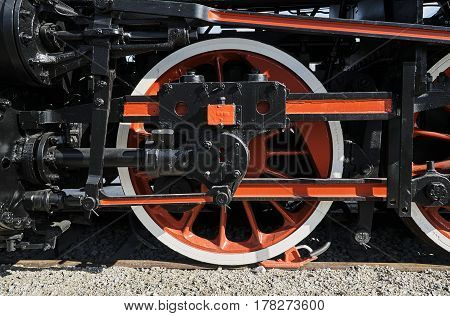 Pistons and driving wheel of the historic steam locomotive