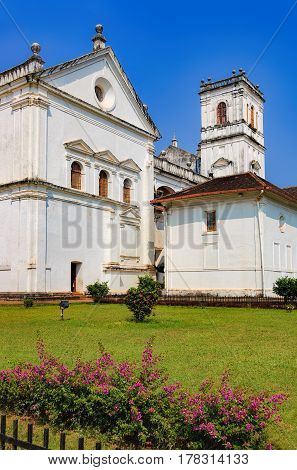 Catedral de Santa Catarina known as SE Cathedral in Old Goa India. The view from the road to the courtyard of the Church