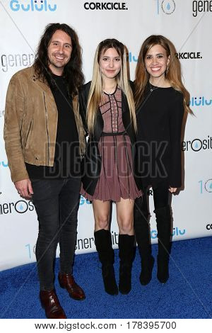 LOS ANGELES - MAR 21:  Ryan Edgar, Guest, Nikki Edgar at the Generosity.org Fundraiser For World Water Day at the Montage Hotel on March 21, 2017 in Beverly Hills, CA