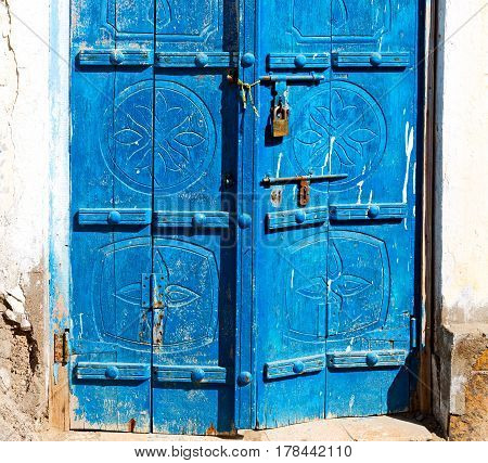 In   Oman Old Wooden  Door