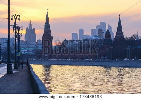 Moscow river and Moscow Kremlin in the evening