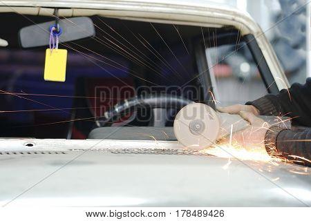 Repair of a car in a car body shop