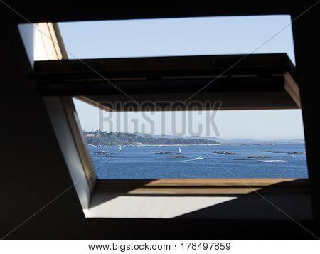 A different point of view to appreciate the Ría de Arousa (Galicia).