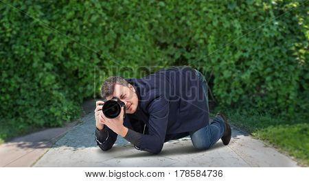 Male squat, photographing on digital camera