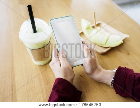Cafe Drink Honeydew Relax Technology Connecting