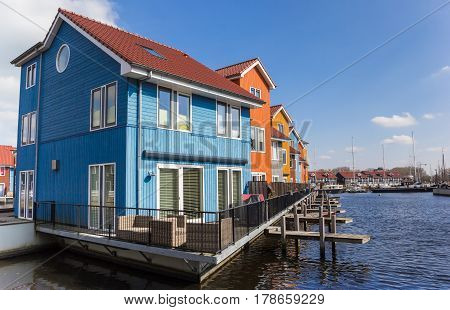 Comtemporary Housing At The Water In Groningen