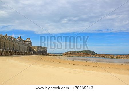 Beach at low tide and city of St Malo (Brittany France)