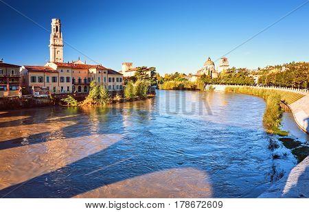 Beams Morning Sun Bridge Ponto Pietra River Adige Italy Verona