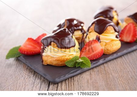 french choux pastry with cream